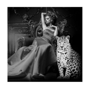 Glass picture lady in chair with tiger 120 cm x 120cm